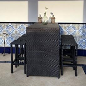 Bar in front terrace